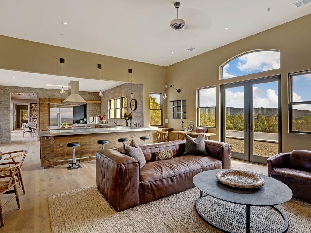 New 70 Acre Luxury Estate