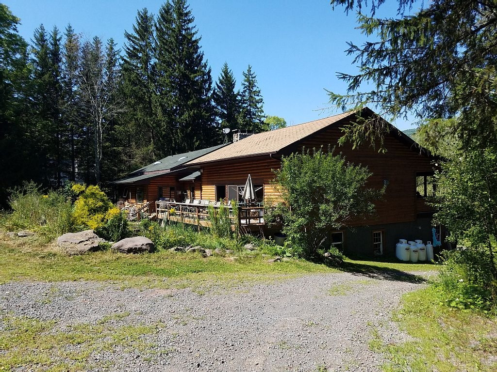 Find your rental for Cabins near hunter mountain