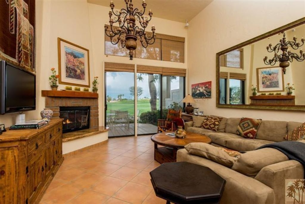 AVAIL JAN - PGA West Stadium Hacienda Home on 11th Green, Steps to Pool
