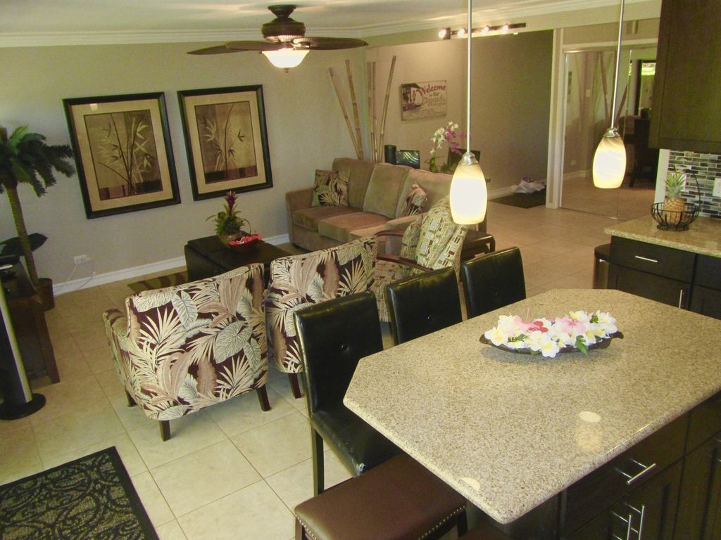 SPECTACULAR! Oceanfront Complex GOURMET KITCHEN! steps to ocean & pool 5*REVIEWS