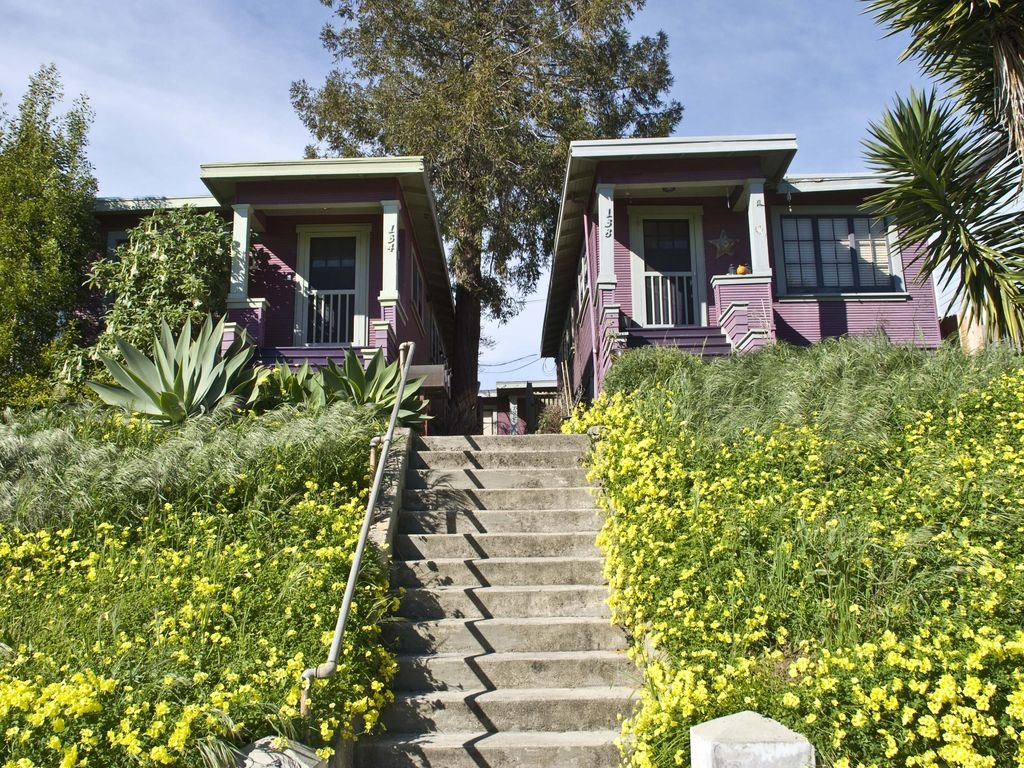Boutique Bungalow 1 by Waterfront, Walk to Vallejo Ferry to SF and Winetrain