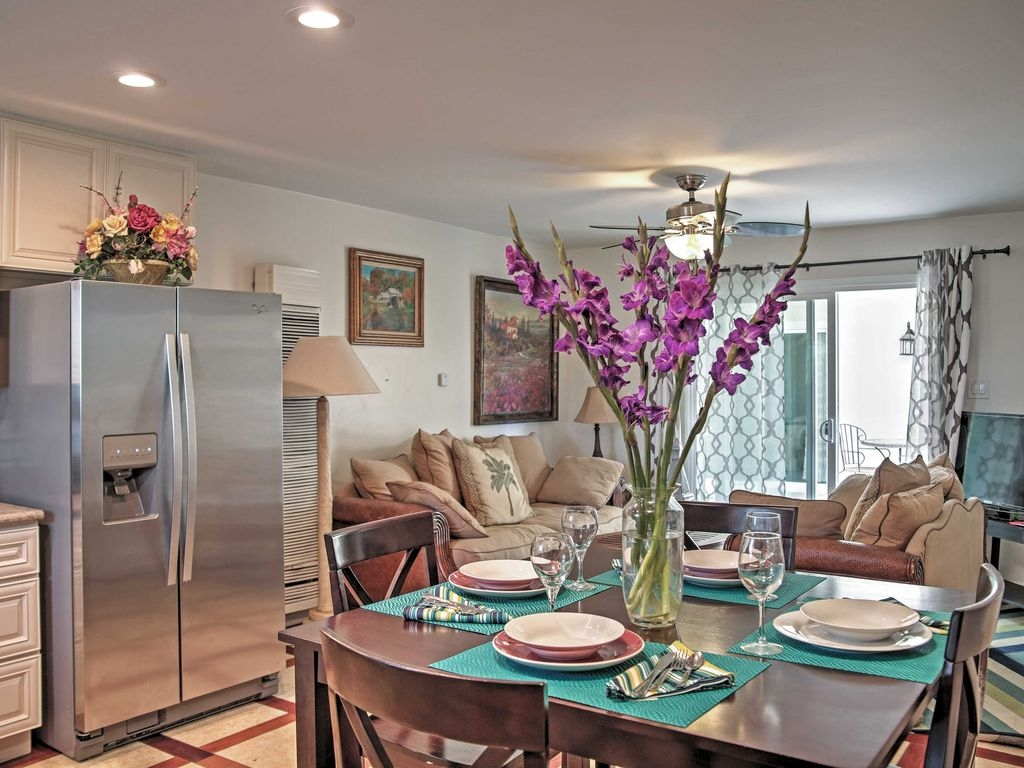 Chic 2BR Oceanside Condo W/Ocean Views