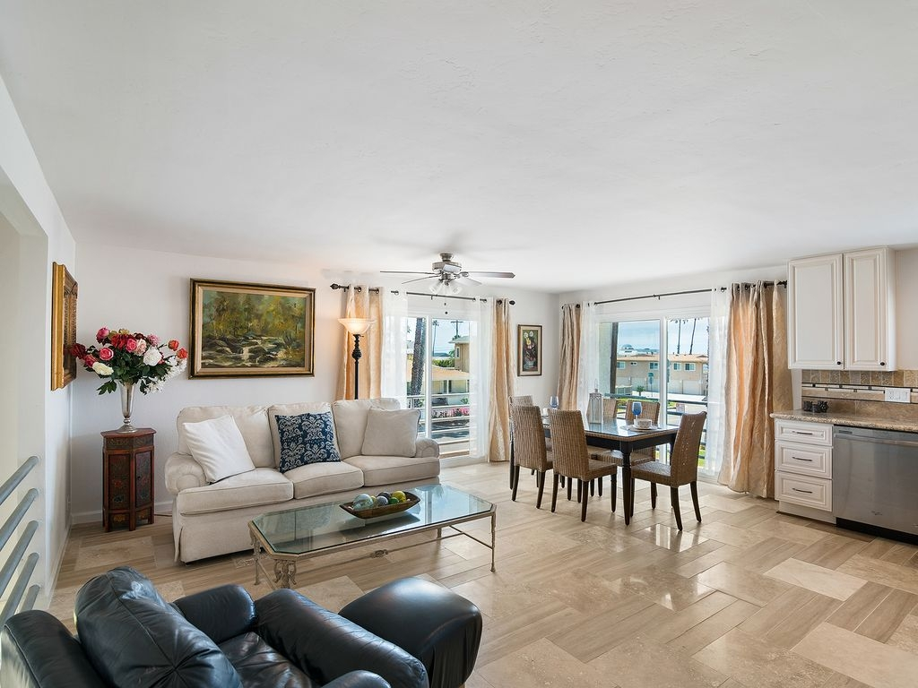 Incredible 2BR Oceanside Condo w/Ocean Views