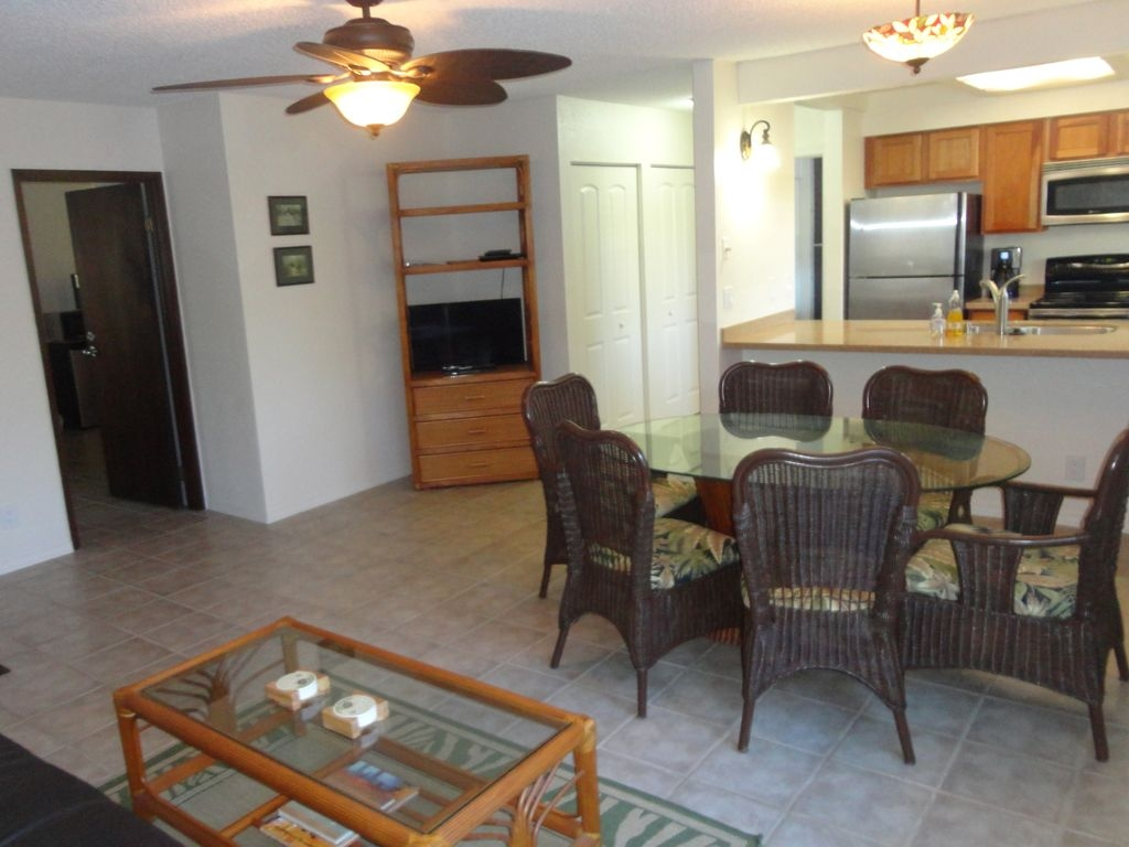 The 1bed / 1Bath (A) Newly renovated unit sleeps up to 4 people.