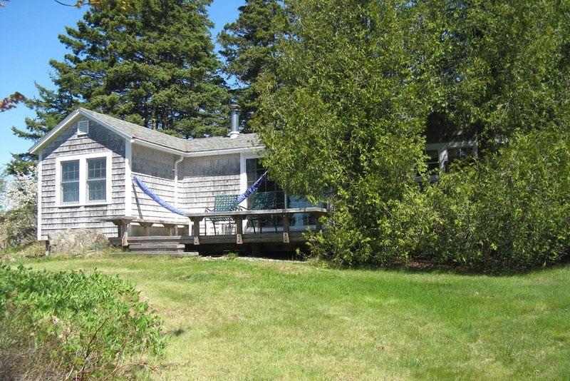 2 Bedrooms Cedarledge Cottage